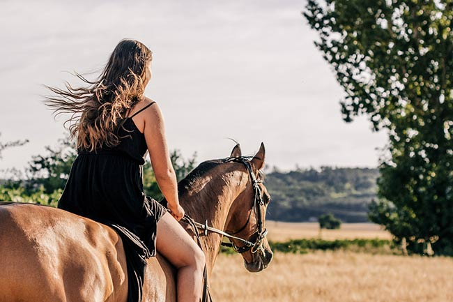 ridding-a-horse-in-dream